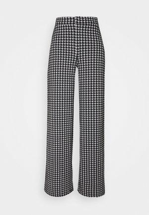 NMHOUND PANT - Bukse - black/white