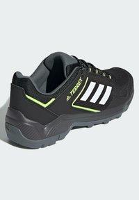adidas Performance - TERREX EASTRAIL WANDERSCHUH - Outdoorschoenen - black - 2