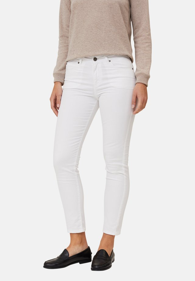 ZOE  - Jeans slim fit - white
