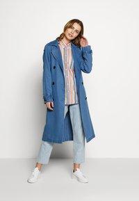 GANT - STRIPE - Button-down blouse - warm sun - 1