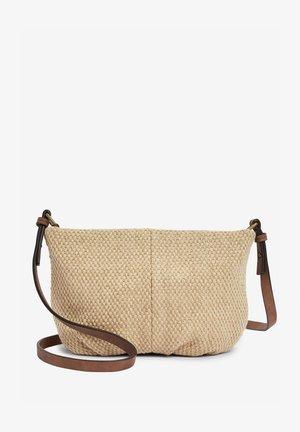 GATHERED - Across body bag - Brown