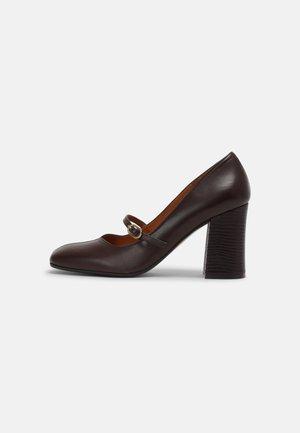 RABEL39 - Classic heels - dark brown