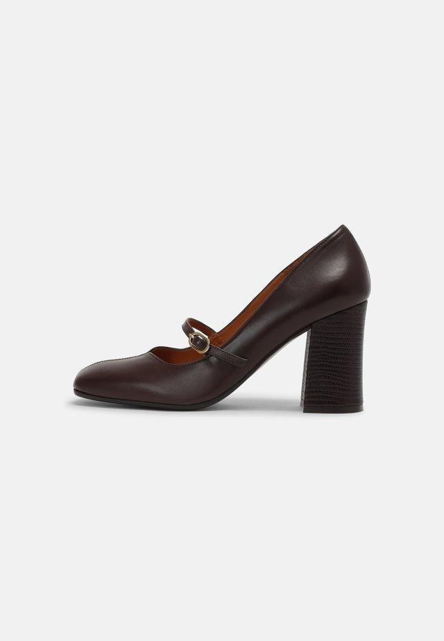 RABEL39 - Klassieke pumps - dark brown