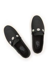 Vans - UA STYLE 53 - Slip-ons - western/leather - 3