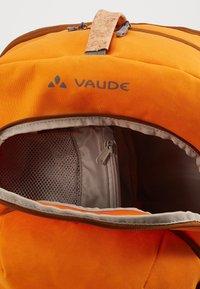 Vaude - EBACK SINGLE - Taška spříčným popruhem - orange madder - 3