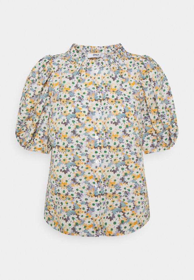 ONLTAMMIE FLOWER - T-shirts med print - white