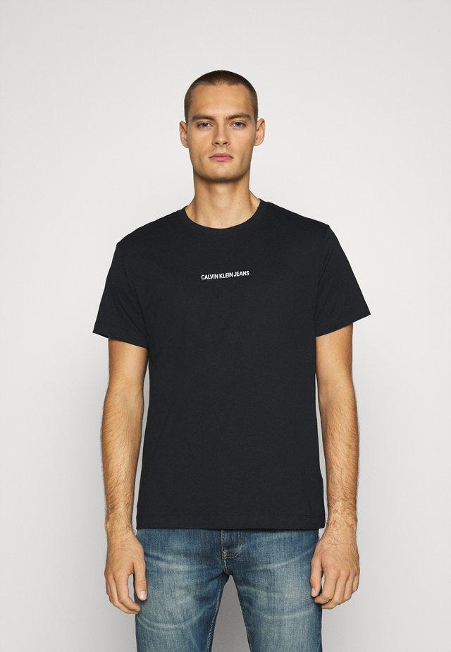 BACK INSTITUTIONAL TEE - T-shirt imprimé - black