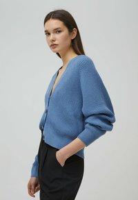 PULL&BEAR - Cardigan - mottled dark blue - 3