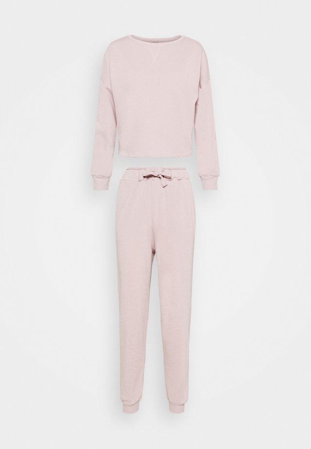 SET - Pyjamas - rose