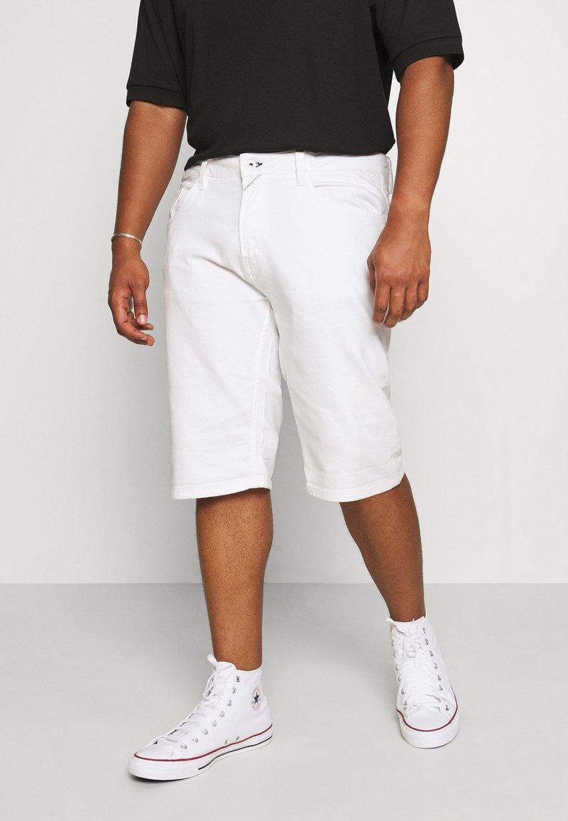 INDICODE JEANS - KEN PLUS - Denim shorts - offwhite