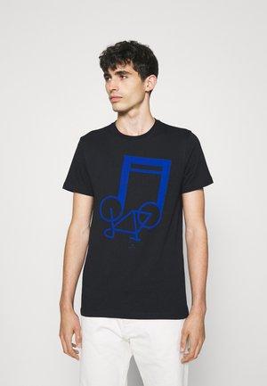 SLIM FIT NOTEBIKE - Print T-shirt - dark blue