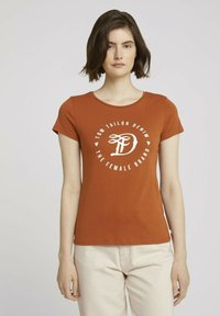 TOM TAILOR DENIM - MIT PRINT - Print T-shirt - amber brown - 0