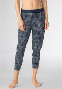 mey - SCHLAFHOSE SERIE NIGHT2DAY - Pyjama bottoms - night blue - 0