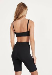 Bershka - CROPPED-TOP MIT CUT-OUTS 08583256 - Top - black - 2