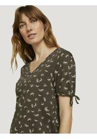 TOM TAILOR - Print T-shirt - khaki small floral design - 3