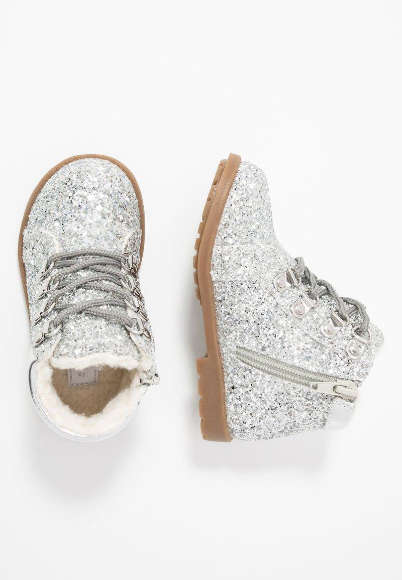 Friboo - Nauhalliset nilkkurit - silver
