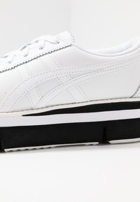 Onitsuka Tiger - Trainers - white - 2