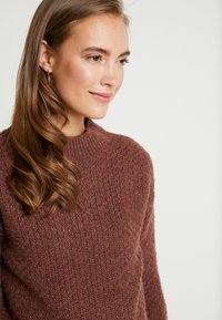 Anna Field MAMA - Pullover - brown - 4