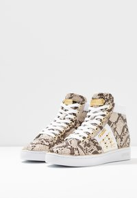 Guess - Sneaker high - brown - 4