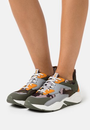 DELPHIVILLE - Sneakers laag - dark green