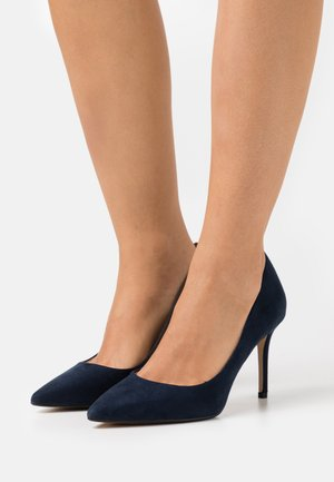 WIDE FIT DELE POINT STILETTO - Classic heels - navy