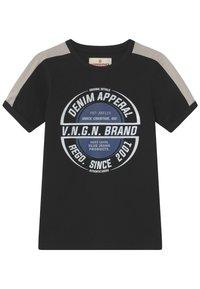 Vingino - HAMPION - Print T-shirt - deep black - 0