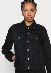 Levi's® - ORIGINAL TRUCKER - Giacca di jeans - black - 4
