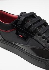 HUGO - FUTURISM - Sneakers basse - black - 5