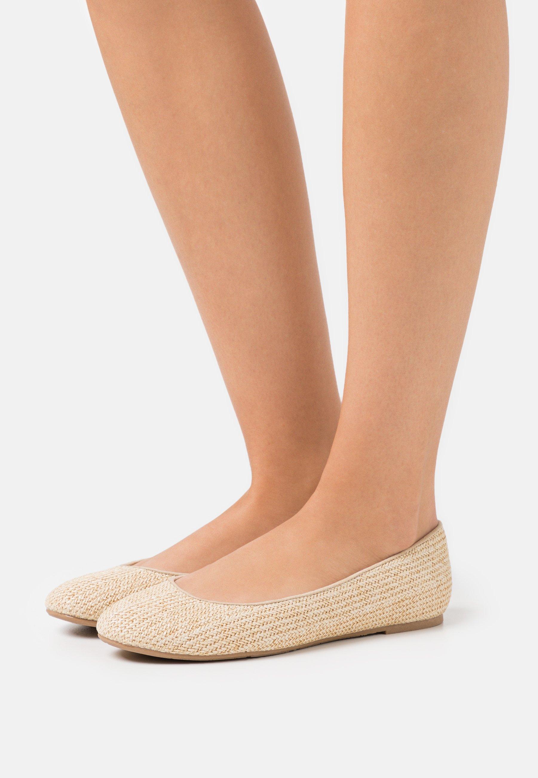 Women Ballet pumps