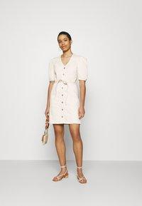 Selected Femme - SLFSOPHIA STAR  - Denim dress - creme - 1