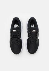 Nike Performance - AIR ZOOM STRUCTURE 24 - Stabilty running shoes - black/white - 3