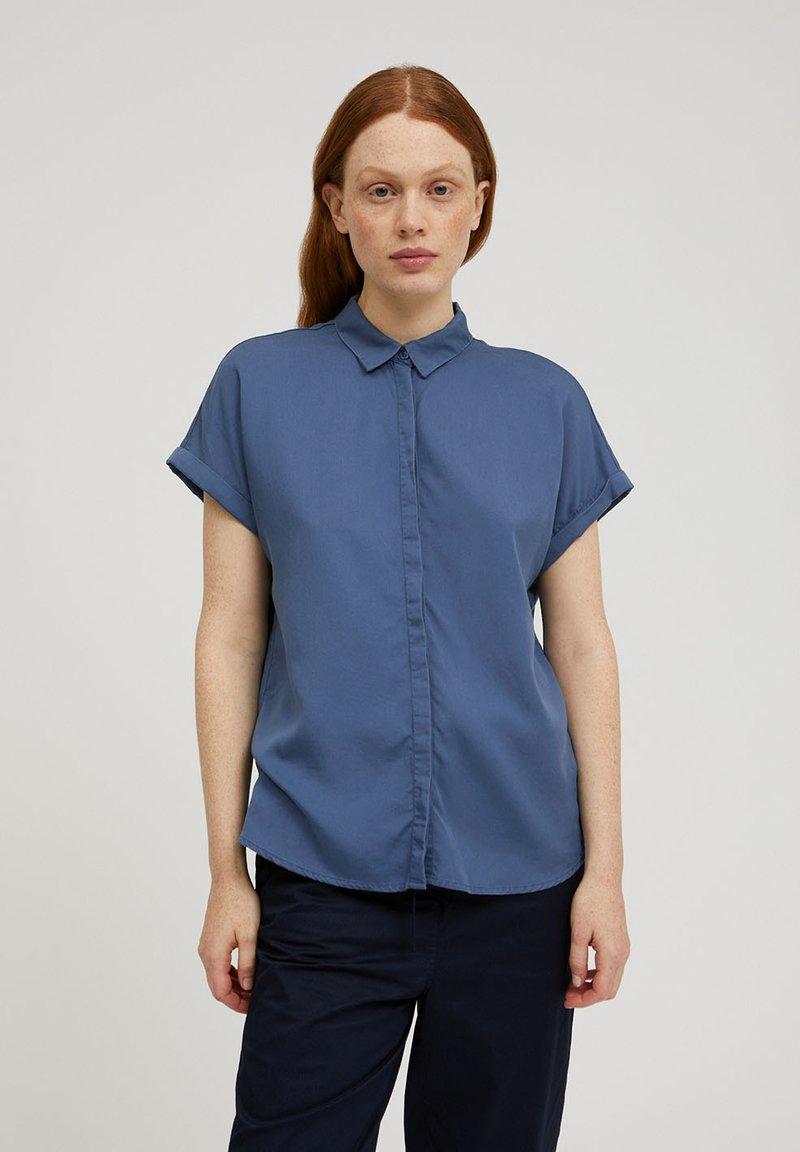 ARMEDANGELS - ZONJAA - Button-down blouse - foggy blue
