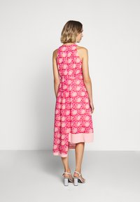 Three Floor - MOSAIC DRESS - Day dress - tomato red/chintz rose - 2