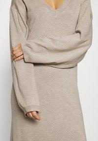Zign - Strikket kjole - dark brown - 6
