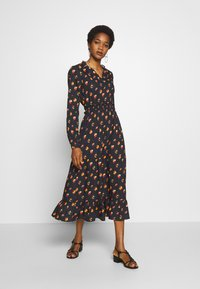 NA-KD - RUFFLE DETAILS FLOWY MIDI DRESS - Kjole - black/orange - 0