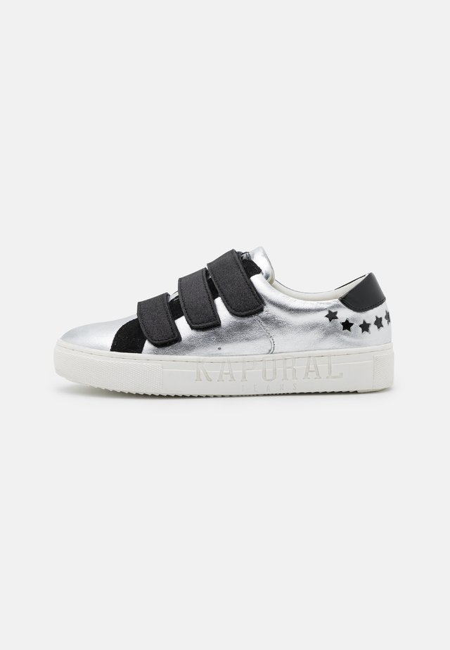 LUNA - Sneakers basse - argento/noir