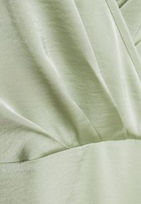 NA-KD - V-NECK FLOWY DRESS - Maxi dress - dusty green - 6