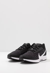 Nike Performance - AIR ZOOM PEGASUS 36 FLYEASE - Juoksukenkä/neutraalit - black/white/thunder grey - 2