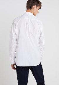 Filippa K - BEN WASHED - Shirt - white - 2