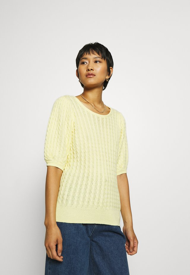 KATTIE - Basic T-shirt - pale banana