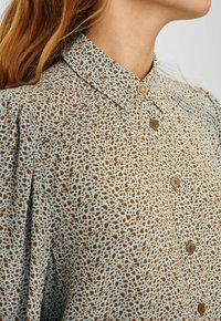 Nümph - CECELIA  - Button-down blouse - cashmere blue - 3
