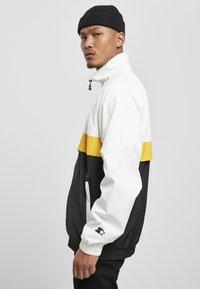 Starter - Summer jacket - white/black/golden - 4