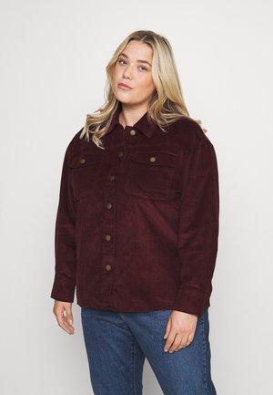 VMLAMAI OVERSIZE SHIRT - Button-down blouse - port royale