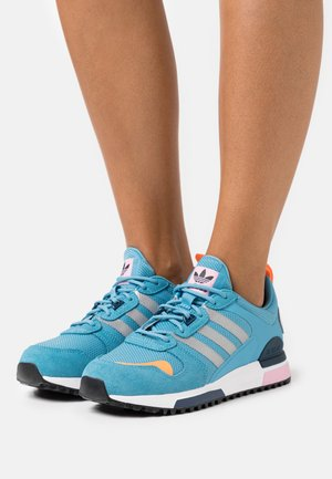 ZX 700 HD - Zapatillas - haze blue/silver metallic/navy