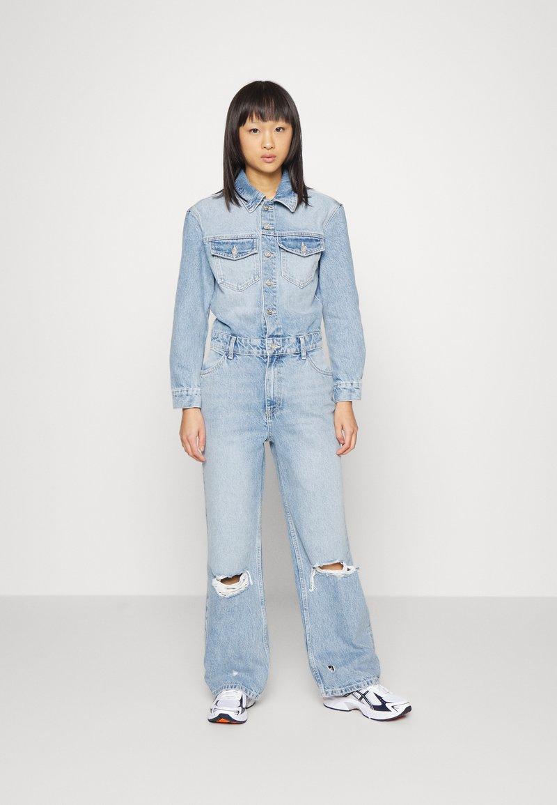 ONLY Petite - ONLINC DREA LIFE  - Jumpsuit - light blue denim