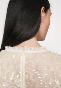 Needle & Thread - TEMPEST BODICE BALLERINA DRESS - Koktejlové šaty/ šaty na párty - champagne - 5