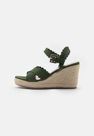 SELANAS - Sandály na platformě - khaki