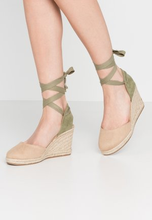 NEW PALMER - High heeled sandals - join arena/verde claro/beige claro