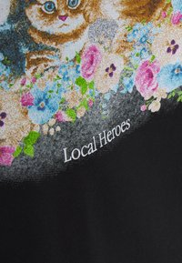 Local Heroes - ANGELS KITTENS TEE - T-shirt con stampa - black - 2