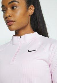 Nike Performance - Topper langermet - regal pink/black - 4